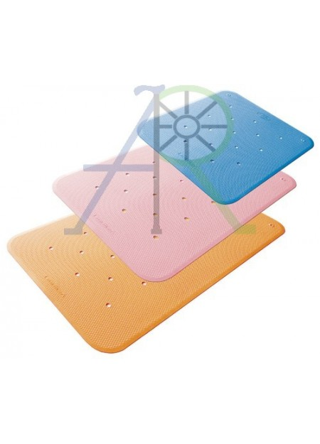 Three-touch triangular anti-slip mat