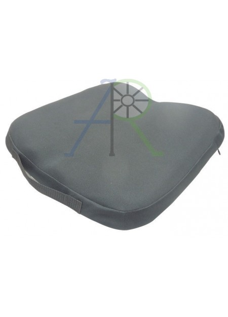 Adjusting seat cushion for wheelchair (Parallel import)